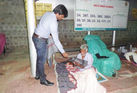 Blanket Distribution For Homeless - RAR Charitable Trust